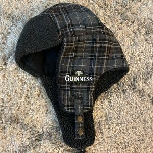 Guinness beanie with strap